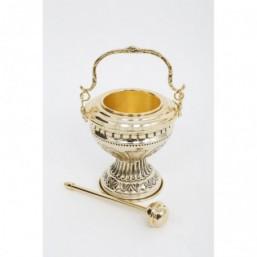 Acetre cincelado, metal dorado con hisopo
