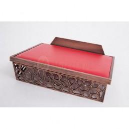 Atril de mesa acabado bronce, tapizado simil-piel rojo
